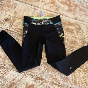 IVIVVA black leggings size 8.